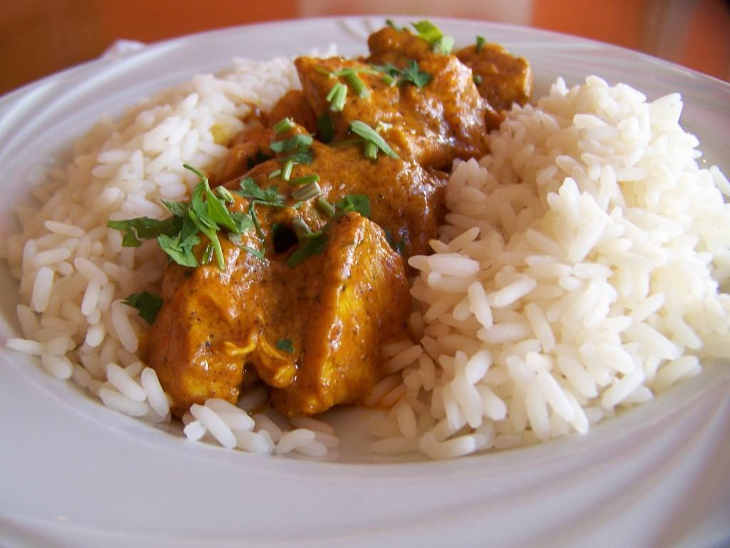 pikantne curry z kurczaka
