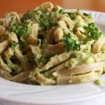 Makaron z pesto z brokułów