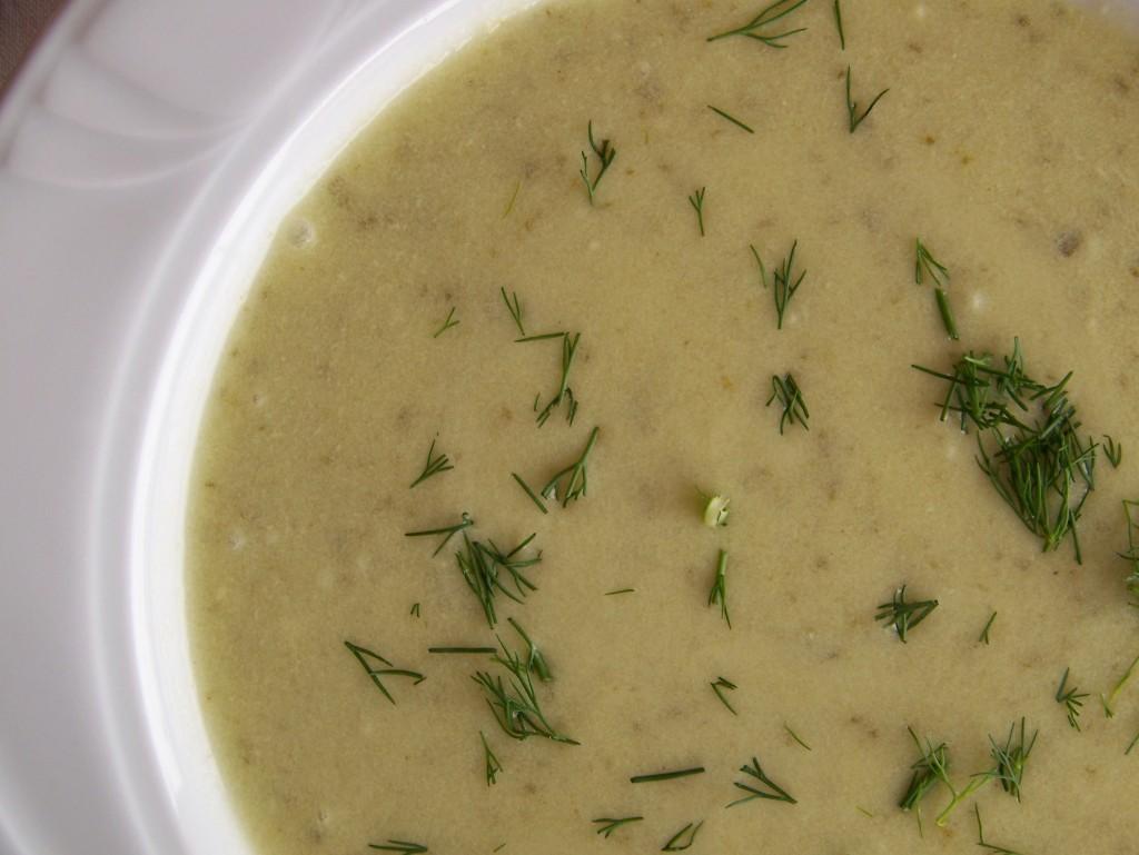 zupa ze świezych ogórków