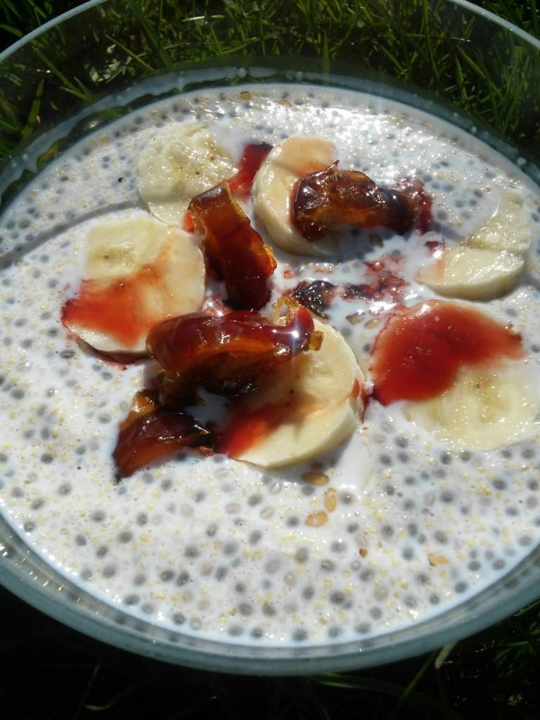 pudding chia z daktylami